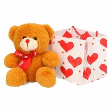 Valentijnscadeau bruin knuffelbeertje sjaaltje kopen