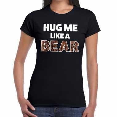 Zwart hug me like a bear fun t shirt dames kopen
